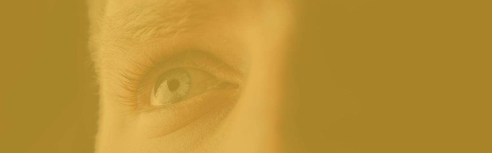 Ejercitar los músculos de los ojos