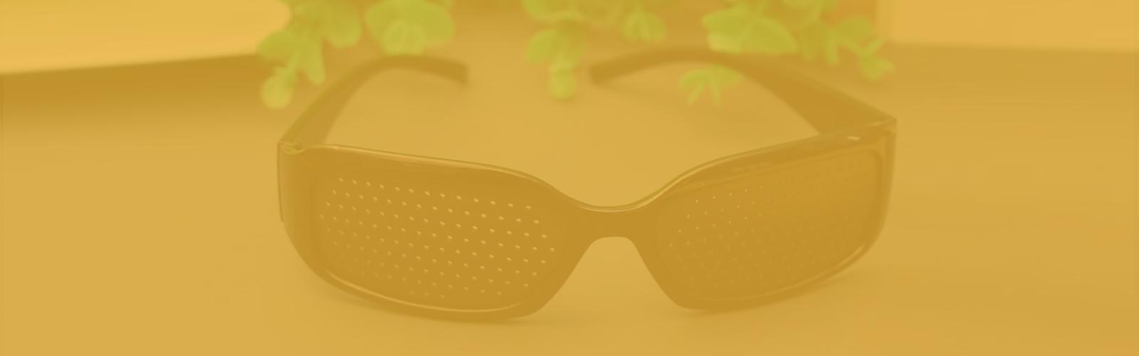 ¿Cómo funcionan las gafas estenopeicas?